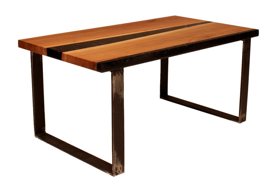 Dubový konferenční stůl s epoxidovou pryskyřicí