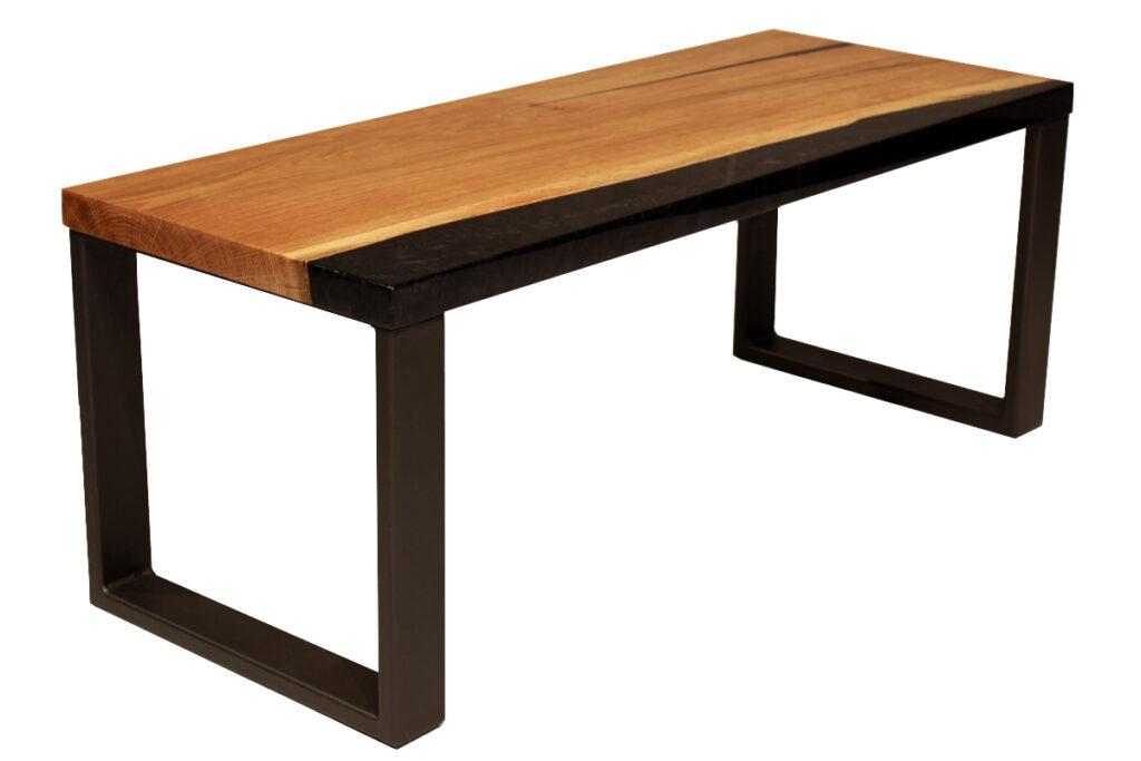 Konferenční stůl s epoxidovou, černou přiskyřicí